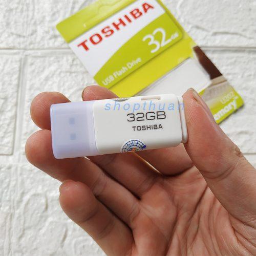 USB 2.0 Toshiba 32GB FPT